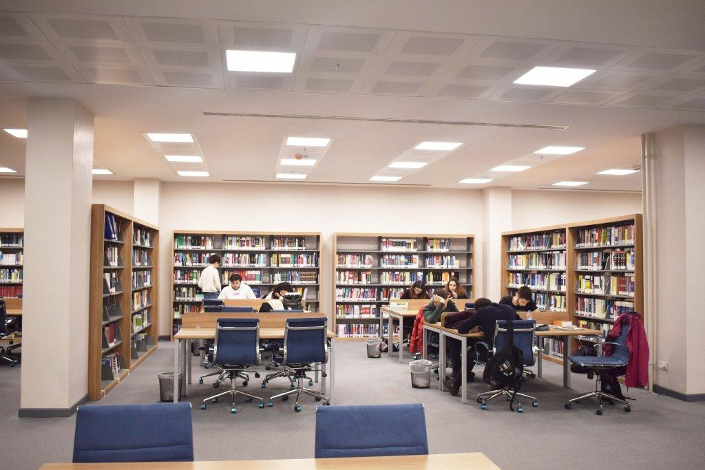 Türk Alman Üniverstiesi Kütüphane