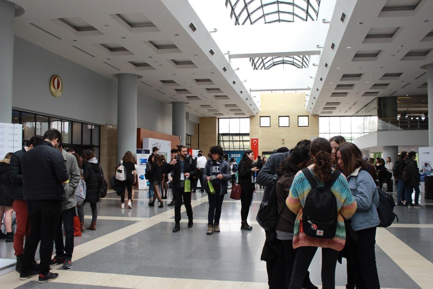Üniversitede Bir Sonraki Adıma Hazırlanmak: Kariyer Toplulukları 5